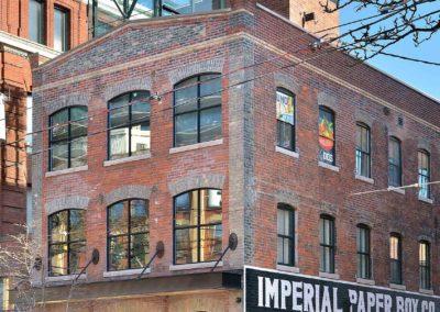 Heritage building – Storefront Restaurant