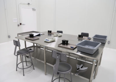 Cleanroom Workstations